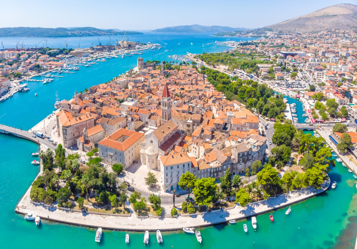 A histórica cidade de Trogir na croácia